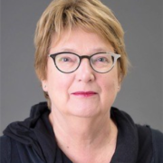 Dr. Anja Swennen