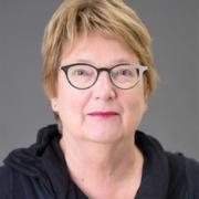 Dr. Anja Swennen